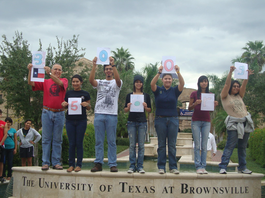 Brownsville Tx United States Udem And Utb Join The 350