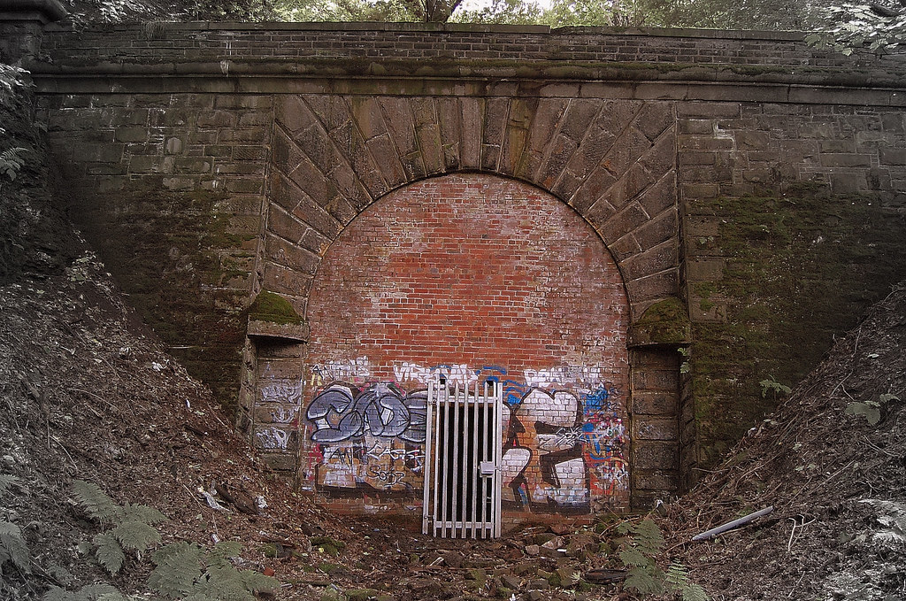 North portal netherton tunnel northern portal of for N portal