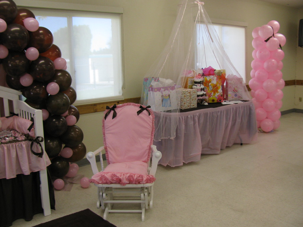 Baby shower gift table rosie b flickr negle Gallery