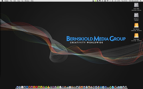 Desktop Screenshot | by Erik Bernskiold