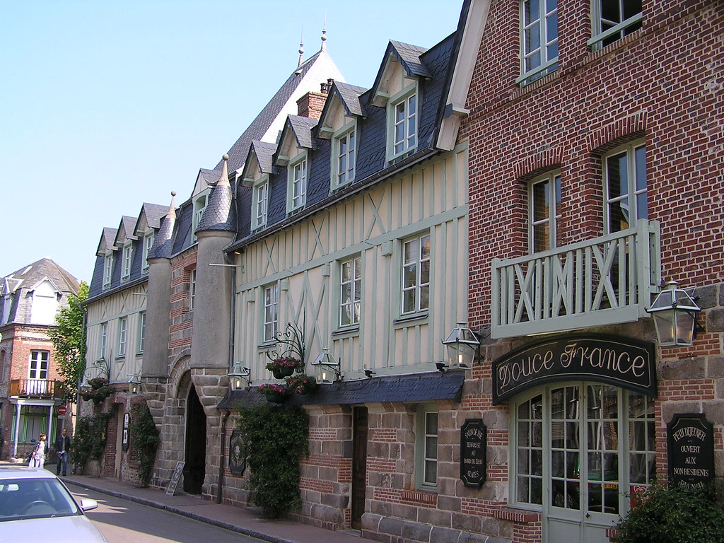 Rue Pierre Ginard Caen Restaurant