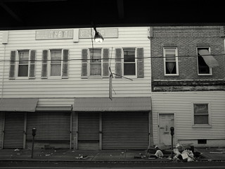 Abandoned Store and Home on Kensington Avenue | by rowens27
