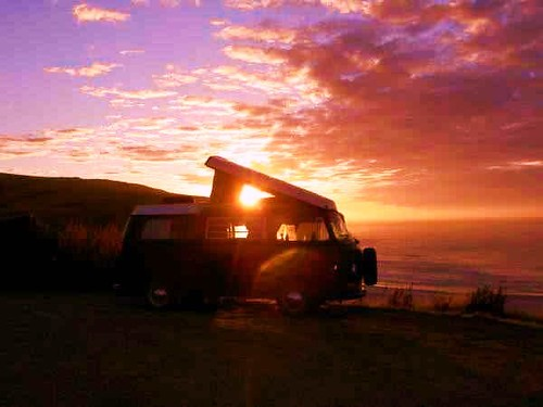 69 Vw Westfalia Enjoying The Nz Sunset Www Classic Campe