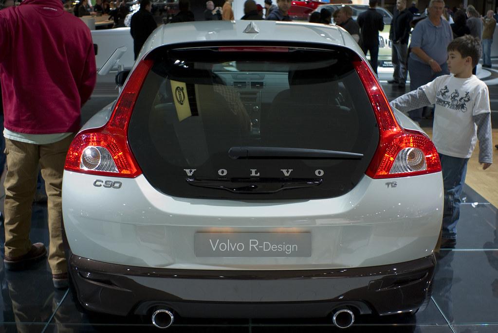 De B on Volvo C30