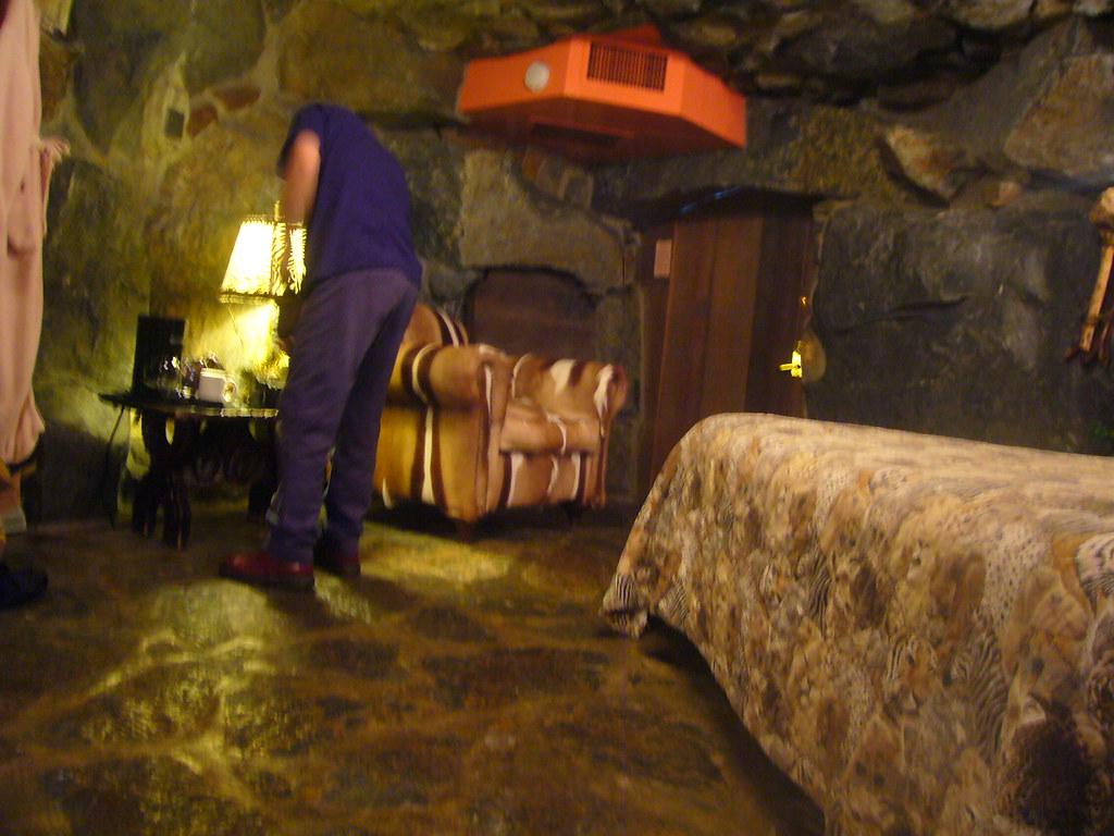 Madonna Inn Caveman Room : Madonna inn caveman room it was hard to take good
