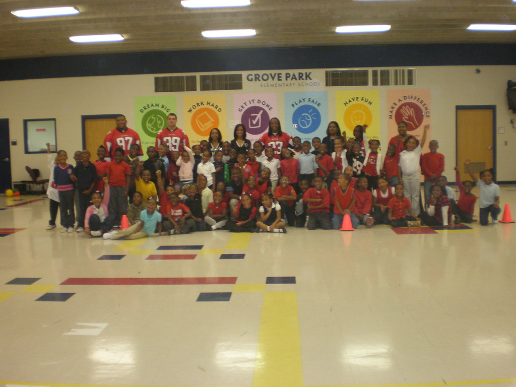 Atlanta Falcons Visit Grove Park Elementary School Flickr
