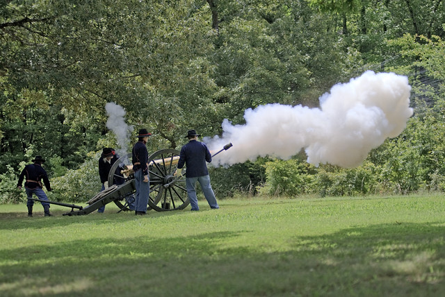 Shiloh National Military Park | Six-pounder smooth bore demo ...