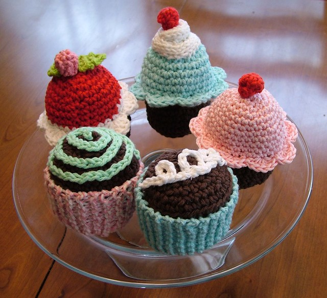 Cake Amigurumi Free Patterns
