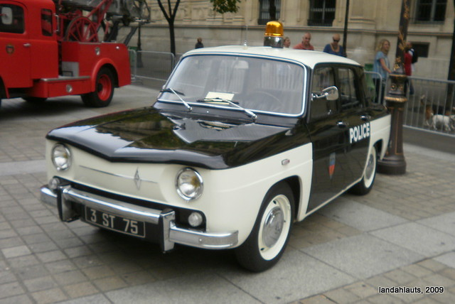 renault 8 1962 police france renault 8 1962 poli flickr. Black Bedroom Furniture Sets. Home Design Ideas