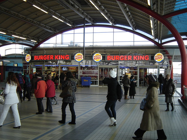 utrecht centraal station burger king the burger king