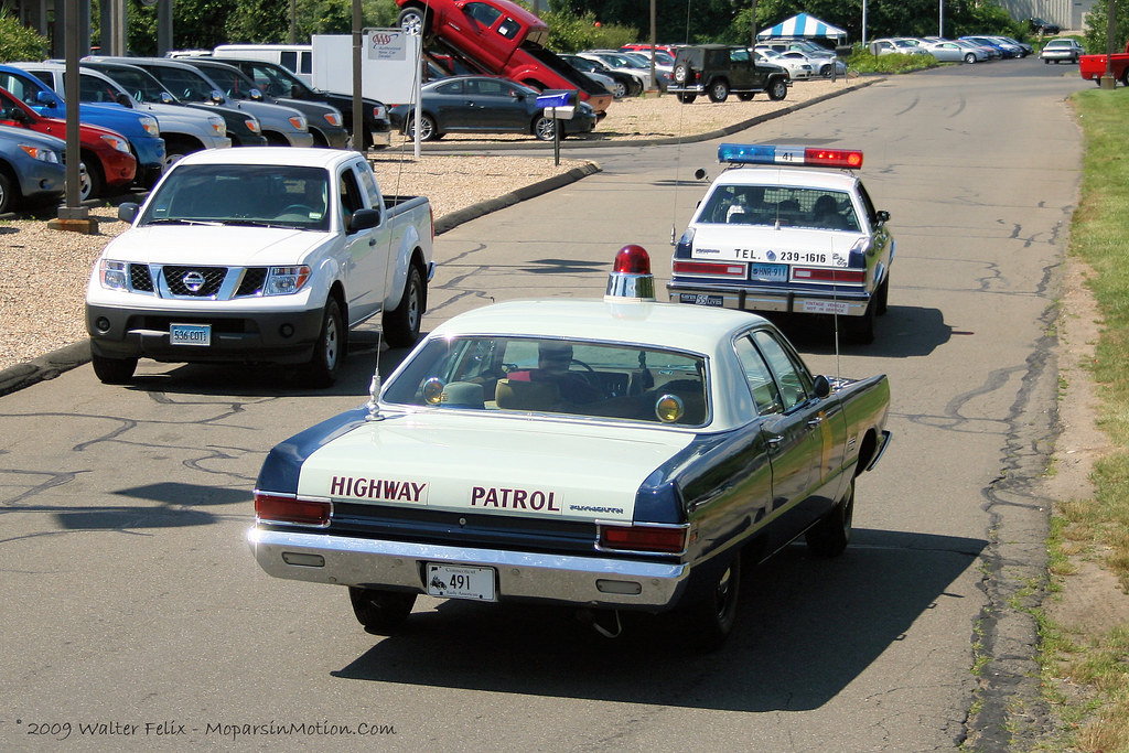 Walter White Chrysler >> 1969 Plymouth Fury & 1989 Plymouth Gran Fury Police Cars | Flickr