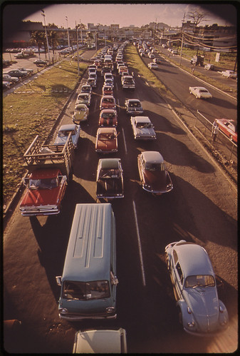 5.P.M. Traffic on Route 2 in Bayamón 02/1973 | by The U.S. National Archives