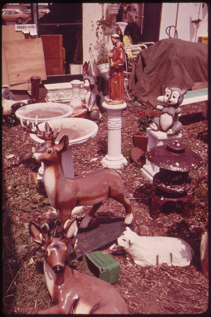 Garden accessories for sale on hylan boulevard in staten i for Garden accessories sale