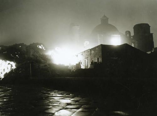 Lava flows into village of san sebastiano al vesuvio one n - Agenzie immobiliari san sebastiano al vesuvio ...