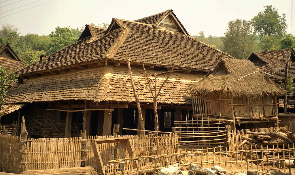 Traditional architecture Dai house - notice long horizonta
