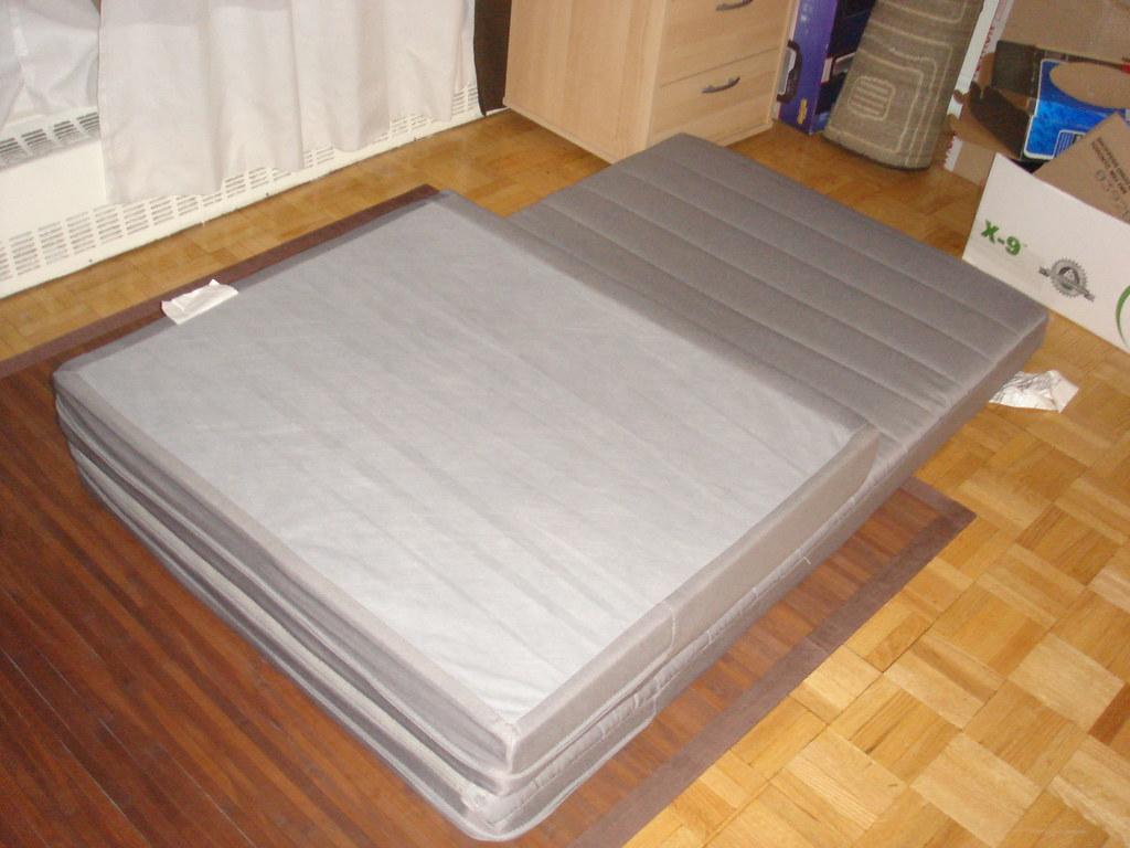 ikea foldable twin mattress 75 urbankiwi flickr. Black Bedroom Furniture Sets. Home Design Ideas