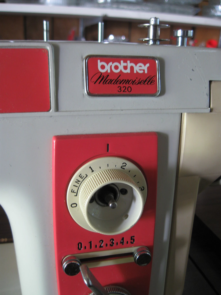 Brother Mademoiselle 320 Sewing Machine In Cabinet Flickr