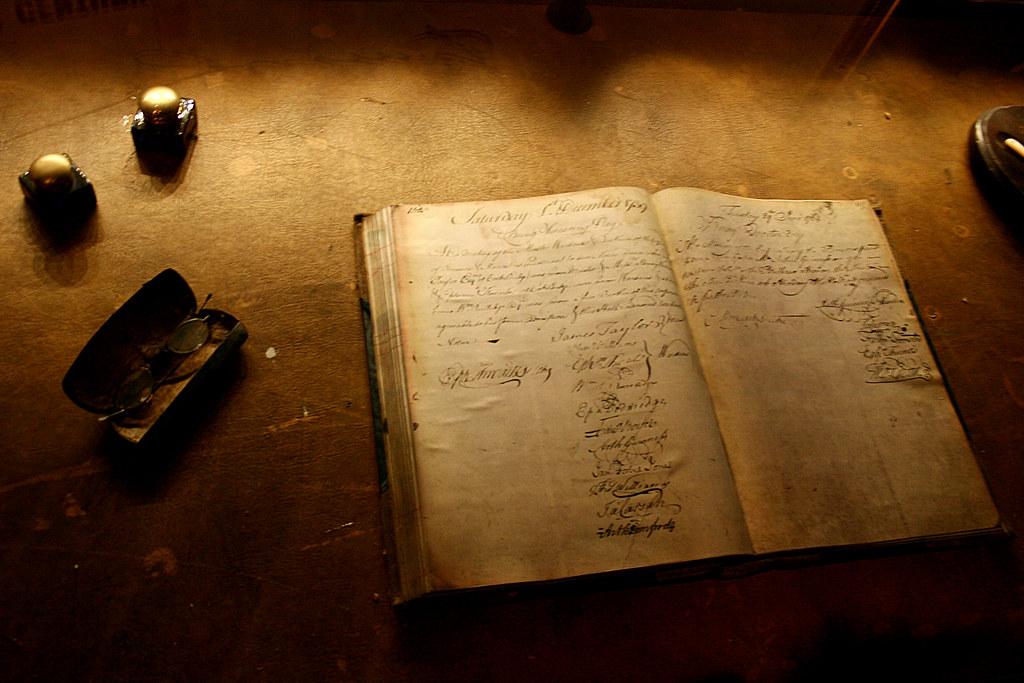 Old Book Davide Simonelli Flickr