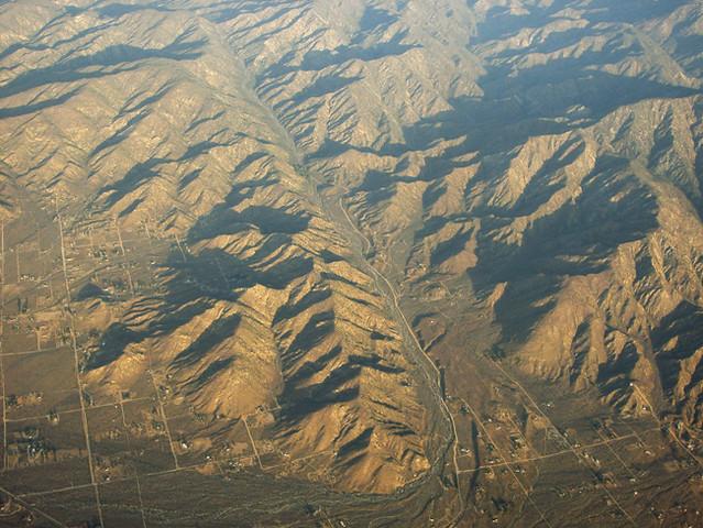 Above The Pinto Mountain Fault Morongo Valley San Bernar