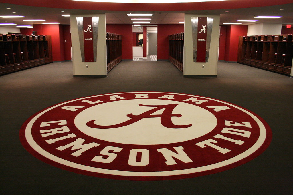 Alabama Football Rugs University of Alabama Locker Room | I placed this picture ...