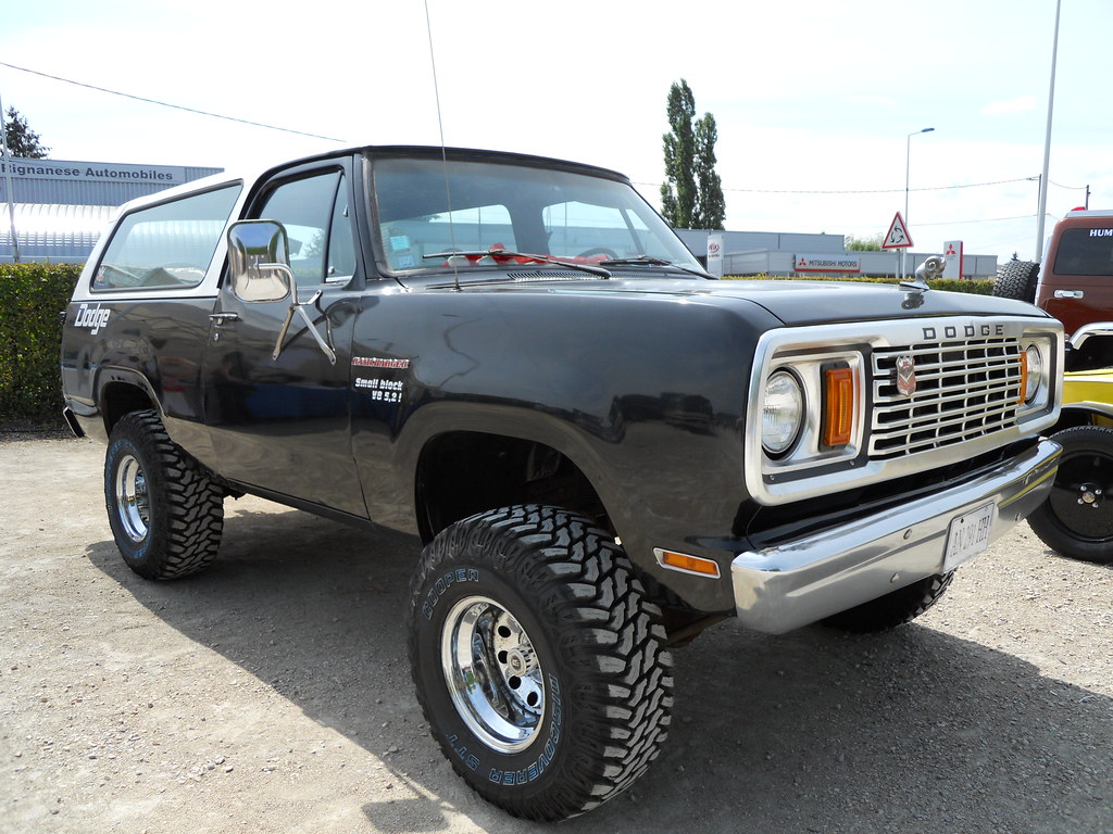 1978 Dodge RamCharger V8 Small Block 5.2L | Member of the V8… | Flickr