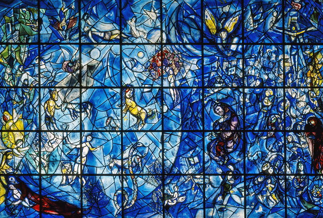 Staff Memorial to Dag Hammarskjöld and 15 Who Died with Hi ... Chagall Glas In Lood