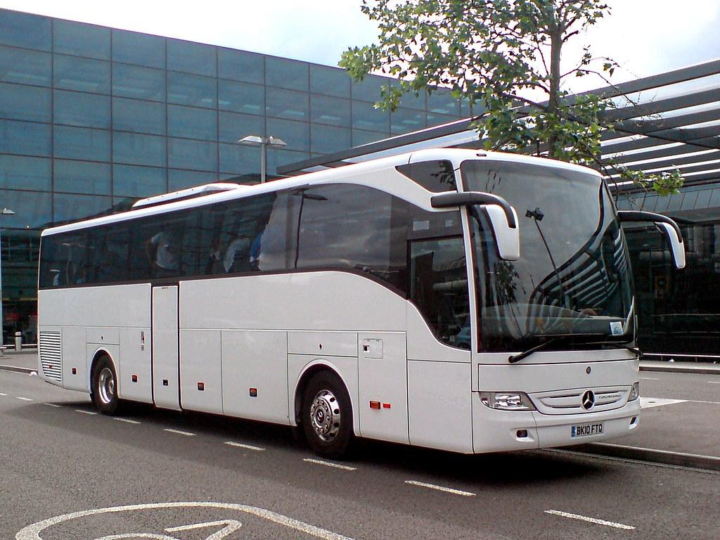 I saw white fecheira coaches mercedes benz tourismo year for Mercedes benz tourismo coach