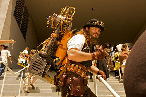 San Diego Comic-Con 2009 - STEAMPUNK - CRACKITUS POTTS - LEAGUE OF STEAM | by Howie Muzika