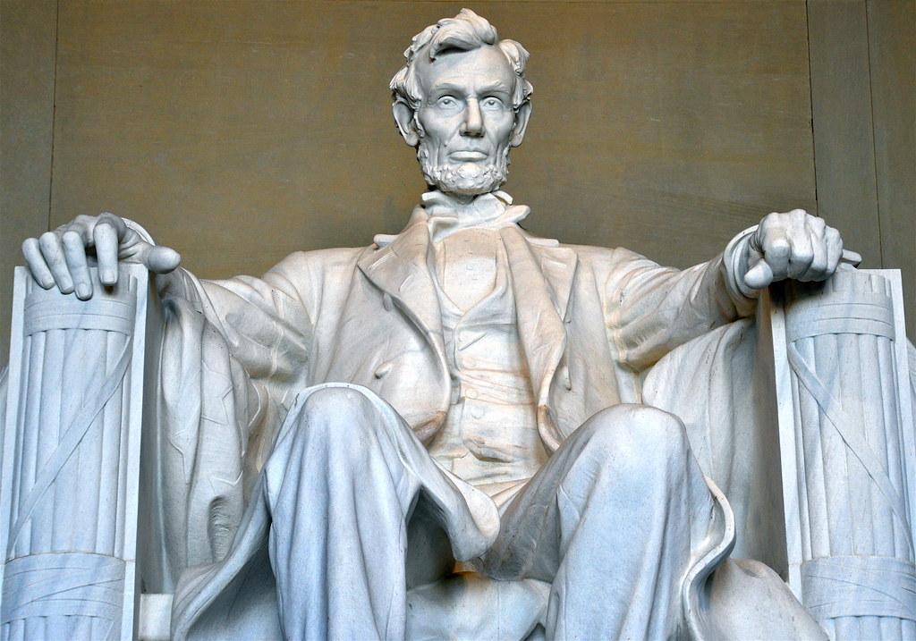 Lincoln memorial essay