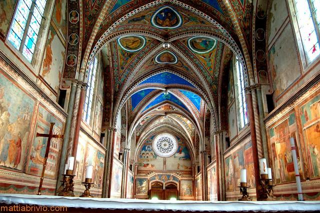 San francesco d 39 assisi interno affreschi di giotto for Interno help