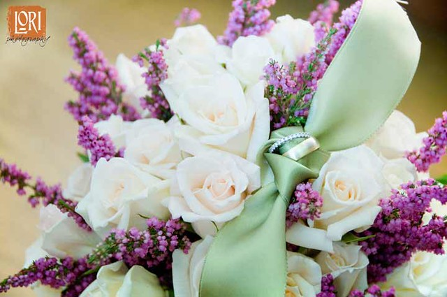wedding flower ideas purple