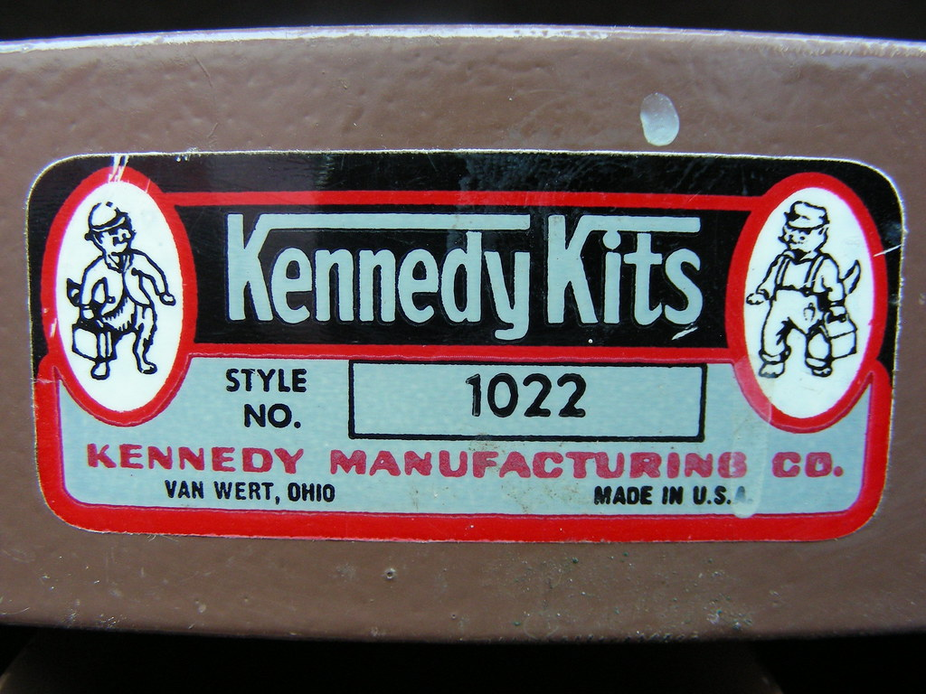 Kennedy Tool Box >> Kennedy Kits Vintage service man's tool box | Label on one ...
