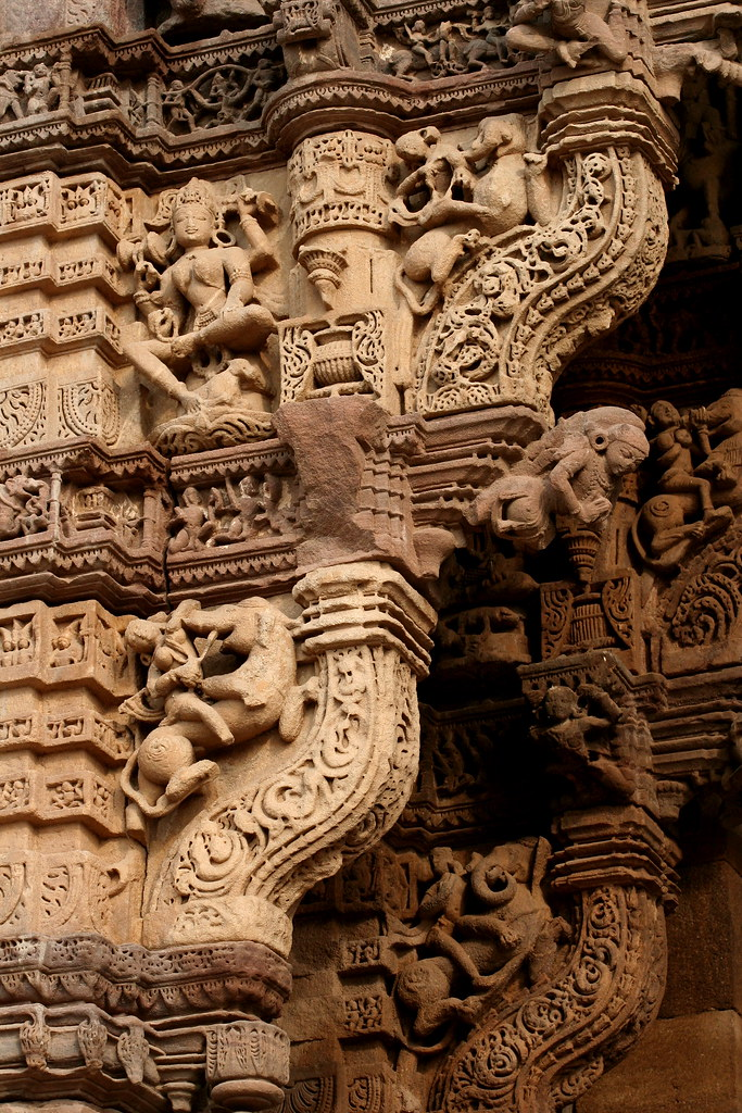 Asia india monuments in gujarat stone carvings of