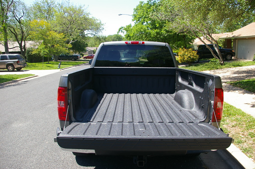 Truck Bed Liner Mounting Screws