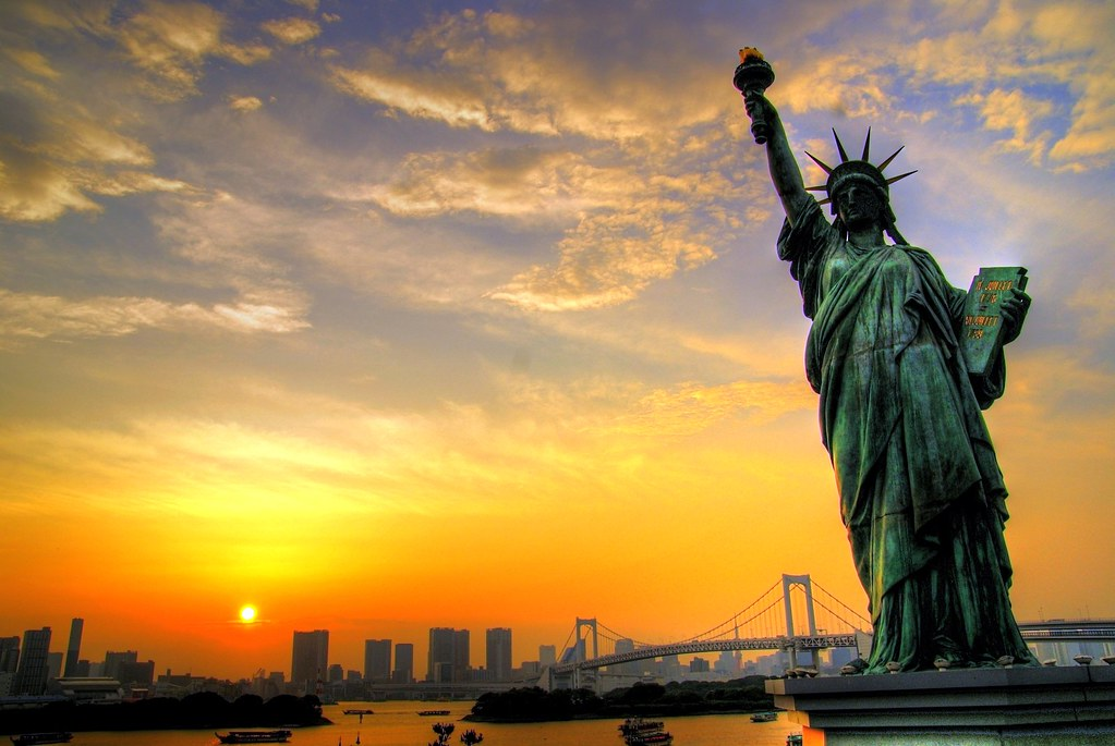 downtown nyc sunset statue of liberty