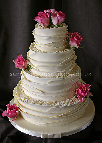 pictures of white chocolate wedding cakes wedding cake white chocolate wrap amp fresh roses paula 18486