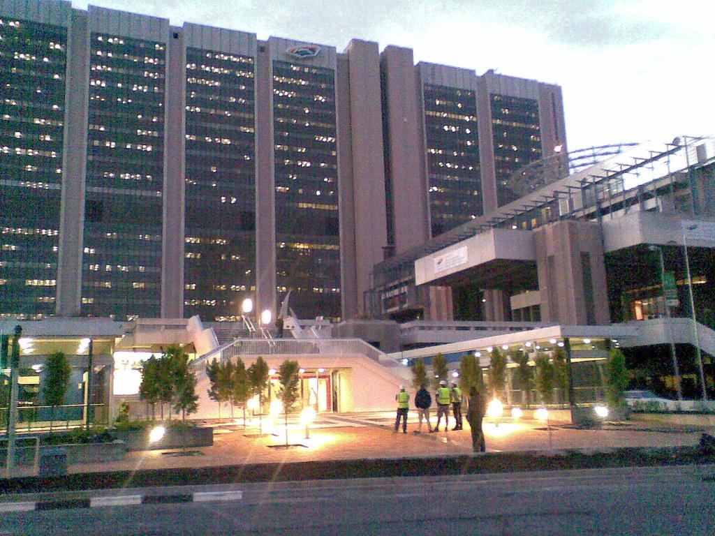 Civic Centre Irt Cape Town Berylmd Flickr