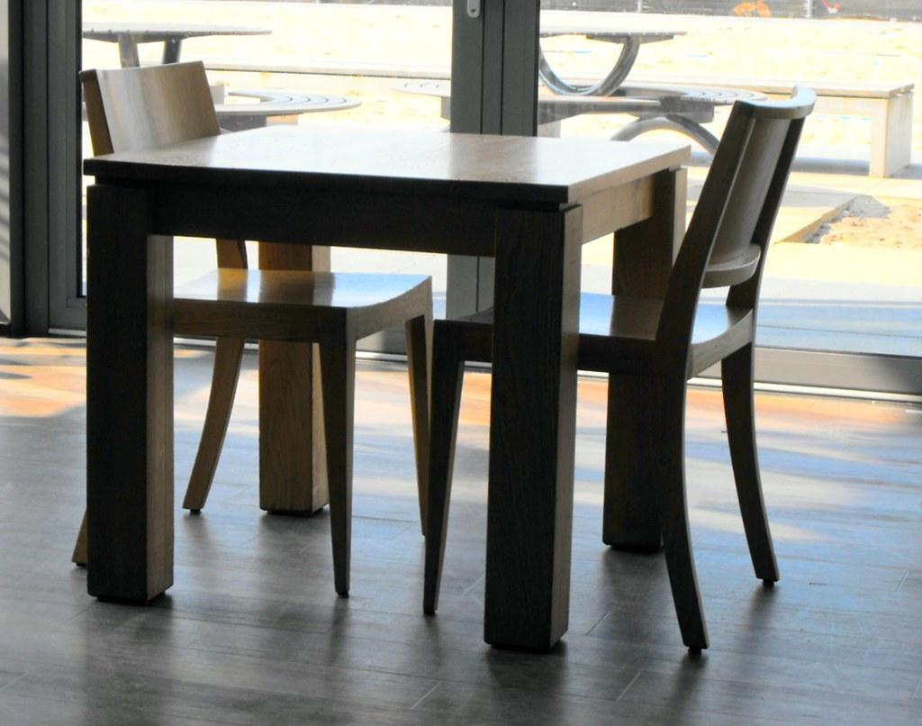 Tafel en stoelen in kantine tu sportcentrum tafel en stoel flickr - Tafel en stoelen dineren ...