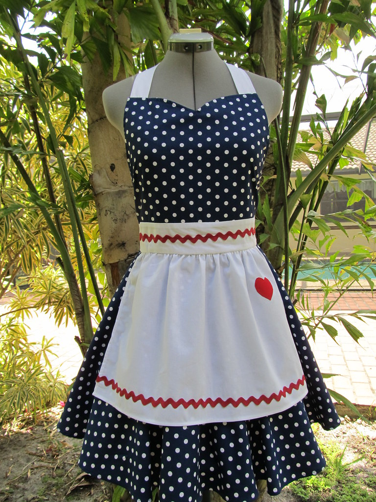 I Love Lucy Apron Vintage Inspired Sweetheart Style With