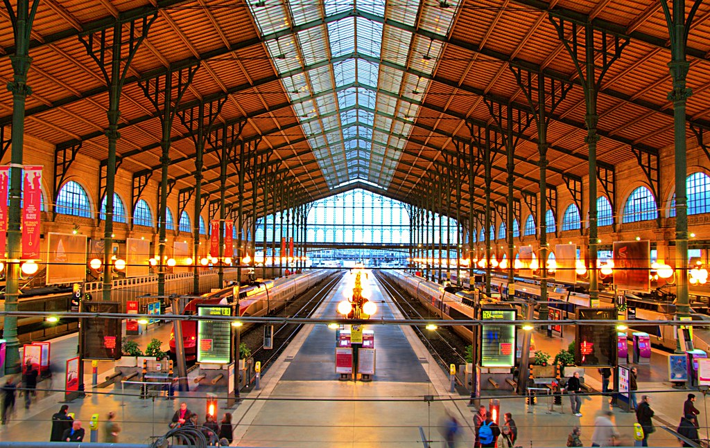 gare du paris nord best viewed large view on black 72 365 flickr. Black Bedroom Furniture Sets. Home Design Ideas