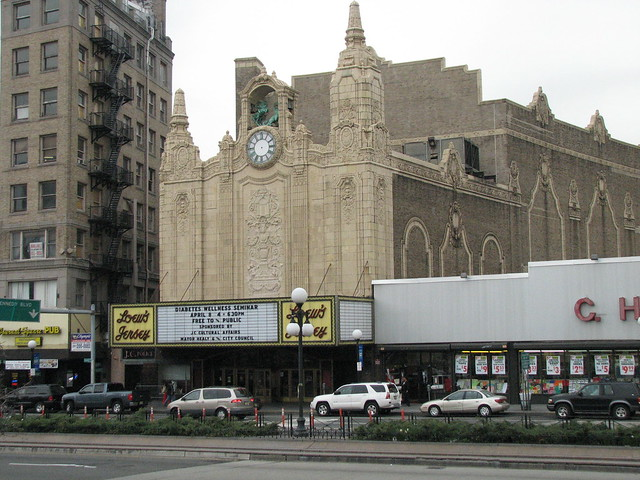 Loew 39 S Jersey Theater Flickr Photo Sharing