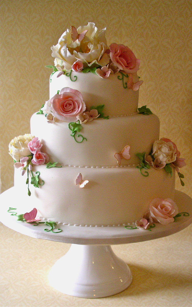 nice wedding cakes photos ivory pink amp green fleur wedding cake lynette horner 17842