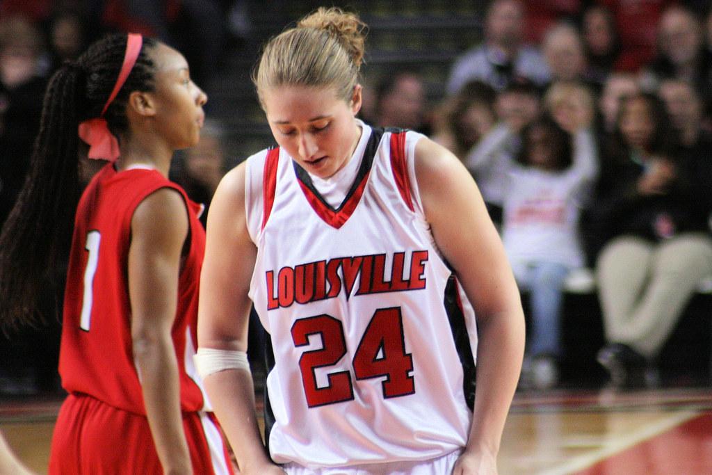 Louisville Lady Cards vs St John | Tom Logsdon | Flickr