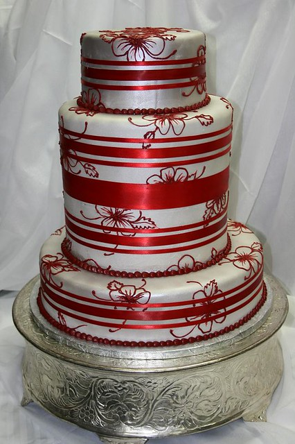 red silver wedding cakes silver and wedding cake this silver and wedding 19153
