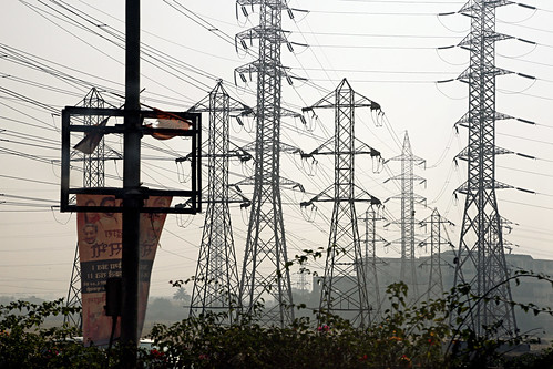 Power lines in Mumbai | by World Bank Photo Collection