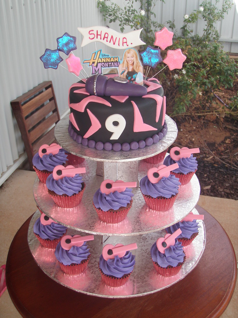 Mossy S Masterpiece Shania S 9th Birthday Cake Amp Cupcake