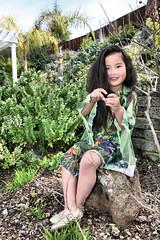 Gwen green shirt 037