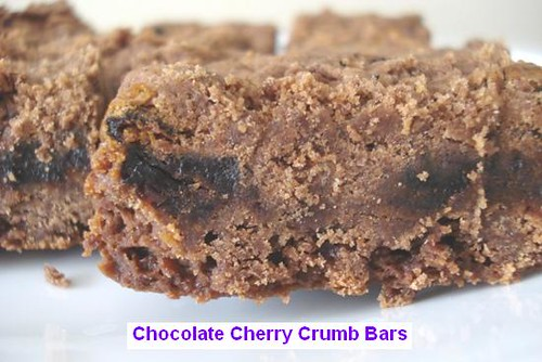 Chocolate Cherry Crumb Bars--Redux | This is a better photo ...