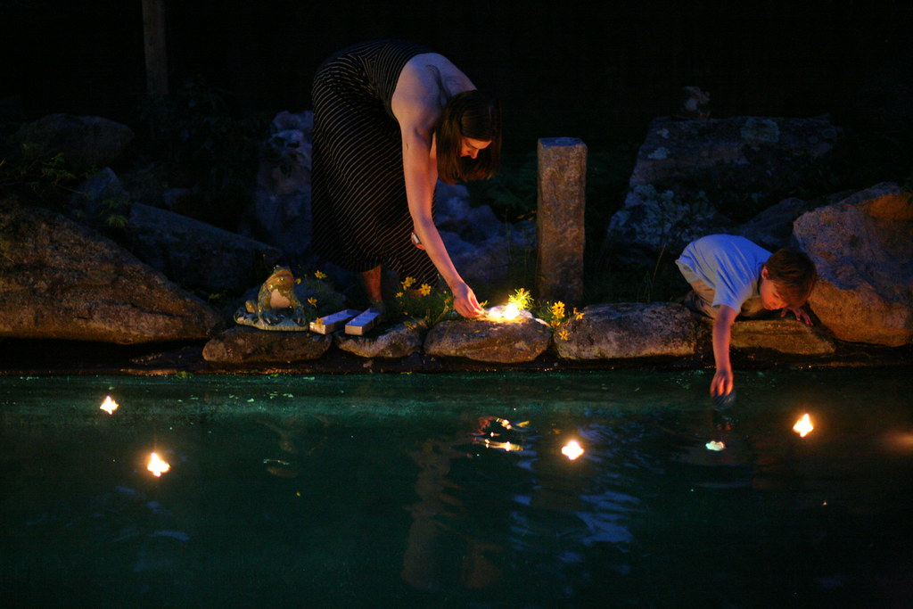 Floating Candles In The Pool I 39 M Glad A Friend Stepped In Flickr
