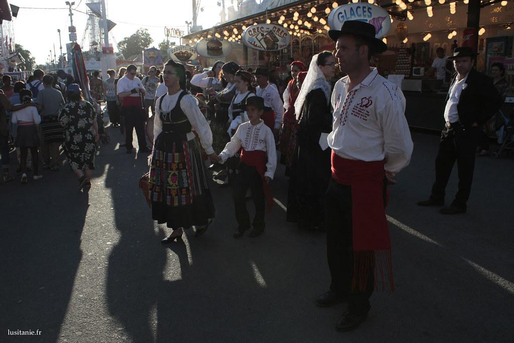 Les membres du rancho se produisaient dans la rue